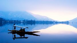 Sights of Kashmir - Luxury