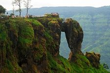 Breezy Mahabaleshwar And Panchgani