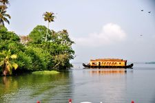 Kerala Wonders Package (16 June - 30 September) - Premium